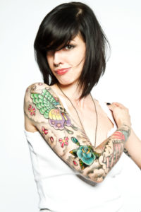 lady with large hand tattoo